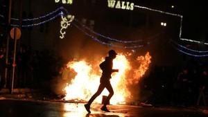 Bentrok Polisi Israel dan Warga Palestina, Ratusan Terluka