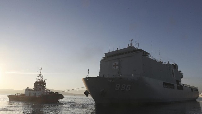 Proses pencarian KRI Nanggala-402 terus berlanjut pada Sabtu (24/4) atau 72 jam setelah kapal selam dinyatakan hilang kontak.