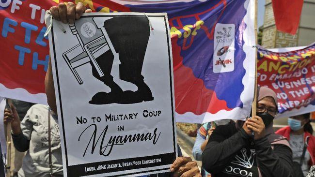 Para guru dan siswa akan menentang seruan junta untuk mengisi penuh ruang kelas sebagai bentuk perlawanan.