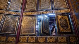 FOTO: Wisata Religi Al-Quran Raksasa di Palembang