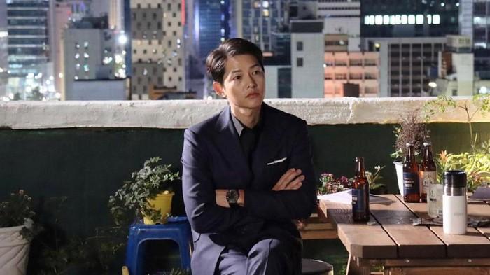 5 Artis Korea Selatan Ini Tak Punya Media Sosial, Song Joong-Ki Salah Satunya!