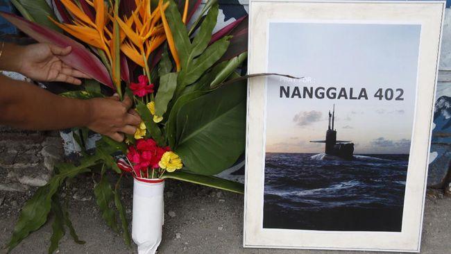 Duka dan doa mengiringi kepergian para prajurit Hiu Kencana yang meninggal di medan latih perairan utara Bali.