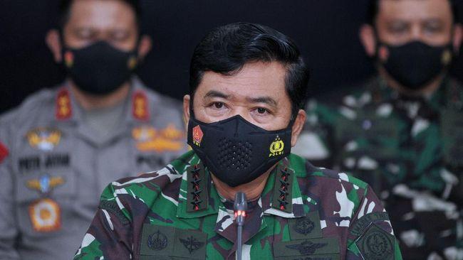Panglima TNI Marsekal Hadi Tjahjanto ingin mendengar laporan langsung terkait situasi terkini di Papua dari para komandan lapangan.