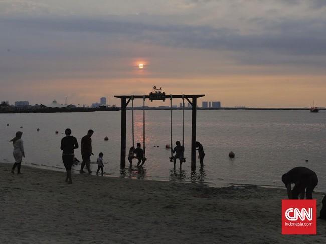 Wisatawan di Jakarta Diimbau Pelesir dalam Kelompok Kecil