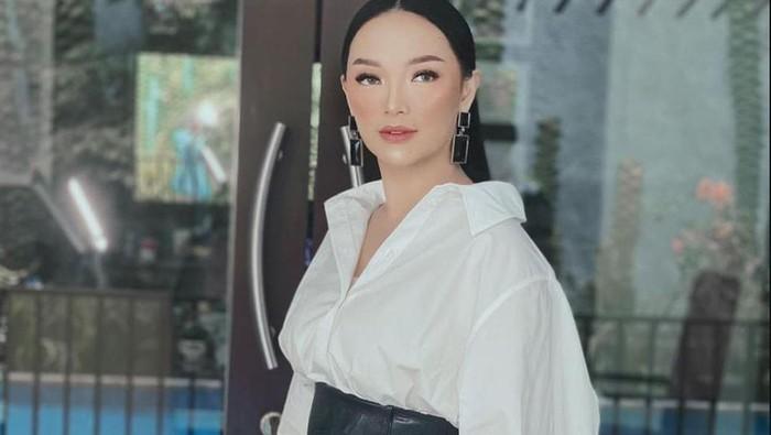 Potret Terbaru Zaskia Gotik Setelah Melahirkan, Turun 7 Kg!