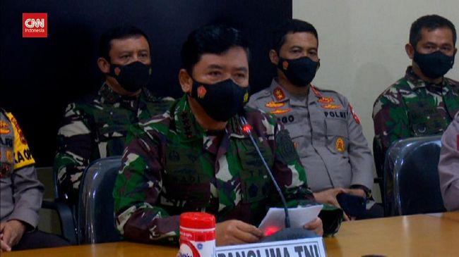 Panglima TNI dan Kapolri melakukan kunjungan ke Papua untuk meninjau penanganan KKB. Kunjungan juga dimaksudkan untuk memantau kesiapan PON.