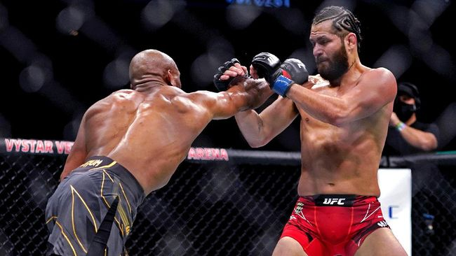 Manajer Jorge Masvidal, Malki Kawa menegaskan bahwa duel lawan Conor McGregor tak mungkin terwujud di UFC.
