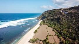 Tak Lagi Cemas Naik Turun Tangga di Pantai Nyang Nyang