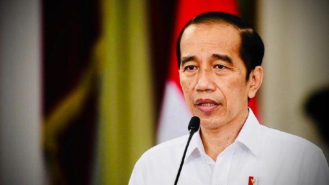 Presiden Jokowi mendapatkan laporan bahwa urusan perizinan investasi di daerah masih lambat dan menghambat investor masuk ke daerah.