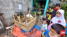 Warga Sembelih 'Babi Ngepet' di Depok demi Cegah Kerumunan