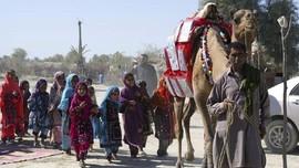 Roshan, Unta Pengantar Buku di Desa Terpencil Pakistan