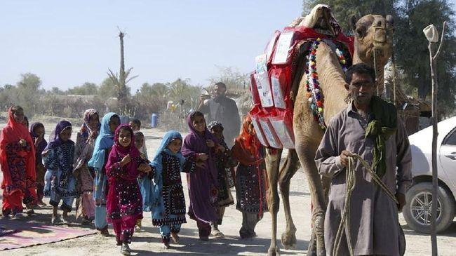 Pemerintah Pakistan meniadakan libur lebaran tahun ini untuk mencegah lonjakan kasus positif covid-19.