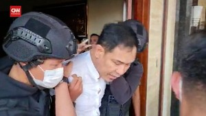 VIDEO: Momen Munarman Ditangkap Densus 88