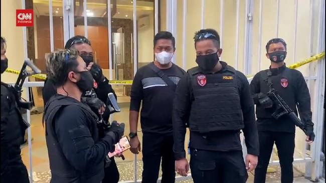 VIDEO: Munarman Ditangkap Densus 88, Markas FPI Digeledah