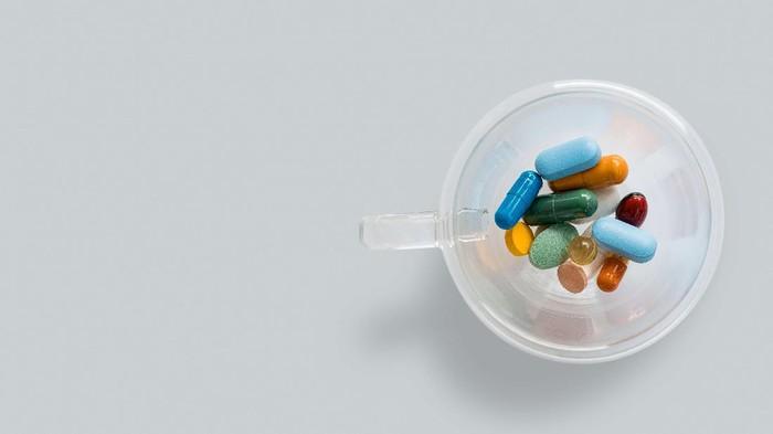 Kapan Waktu yang Tepat untuk Mengonsumsi Vitamin Saat Berpuasa?