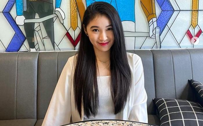 Anggota JKT48, Shani, memiliki darah campuran Tionghoa, Jawa dan memeluk agama muslim / foto: instagram.com/jkt48shani