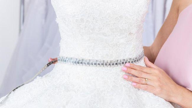 Calon pengantin dapat melakukan sejumlah cara diet sebelum menikah untuk menurunkan berat badan.
