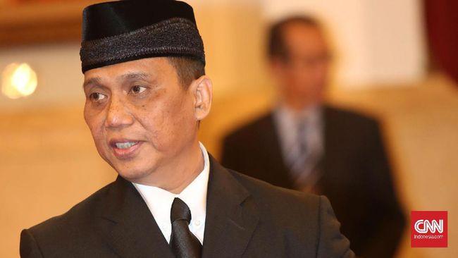 Indriyanto Seno Adji menyatakan penonaktifan 75 pegawai yang tak lolos tes wawasan kebangsaan merupakan keputusan lima pimpinan KPK secara kolektif kolegial.