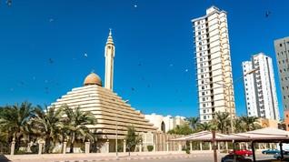 Masjid Serupa Piramida di Jantung Kota Kuwait
