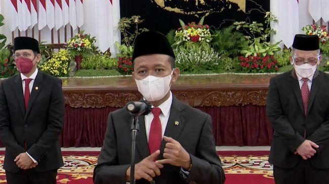Jokowi meminta Bahlil Lahadalia memperbaiki proses perizinan investasi dan tak fokus ke pengusaha besar usai dia dilantik jadi menteri investasi.