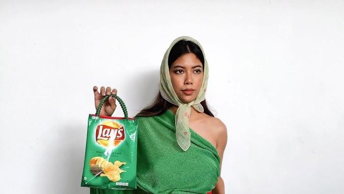 7 Ide Upcycling Putri Samboda, dari Kaleng Kerupuk Hingga Bungkus Indomie