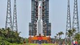 China hari ini meluncurkan modul inti yang akan digunakan untuk merakit stasiun luar angkasa mereka sendiri, Tianhe.