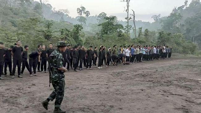 Pemerintah tandingan Myanmar mengumumkan pembentukan pasukan pertahanan sebagai kekuatan rakyat untuk melindungi warga antikudeta dari serangan junta militer.