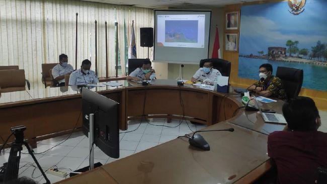 PHE ONWJ menemui Bupati Junaedi guna memaparkan aksi penanganan ceceran minyak di beberapa titik Kepulauan Seribu, juga tentang kemajuan upaya pembersihan.