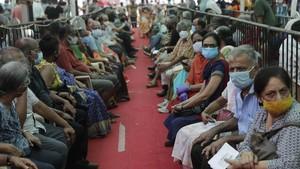 India Cabut Lockdown: Warga Brutal, Dokter Siap Ledakan Covid