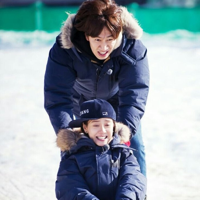 Saking seringnya mereka bertengkar, keduanya mendapat julukan KwangMong Siblings dimana Jihyo sebagai kakak yang galak dan Kwang Soo bagai adik yang nakal. (Foto: Pinterest.com/shandygillen)