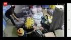 VIDEO: Pencurian Pakaian Di Pasar Tanah Abang Terekam CCTV