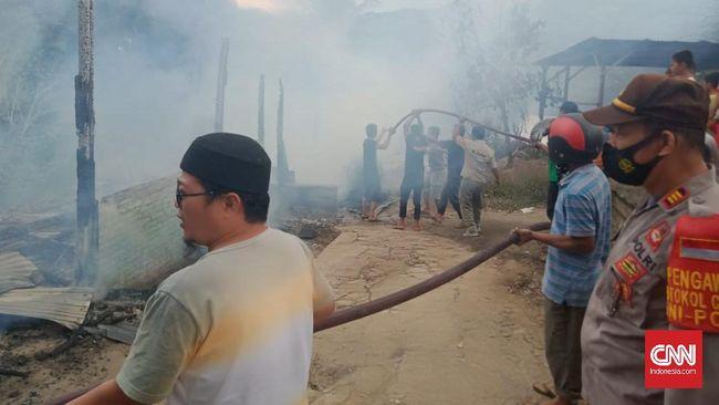 Kebakaran mengakibatkan 3 rumah pengasuh dan satu unit asrama putri terbakar habis.