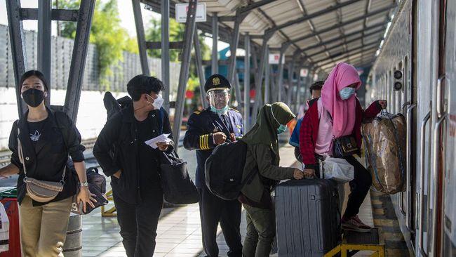 Pengurangan armada bus di tingkat daerah dianggap cukup dapat membantu menekan laju keinginan warga untuk mudik saat Idulfitri.