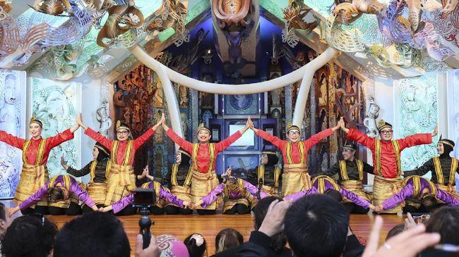 Tari Saman Aceh asal Indonesia sukses tampil memukau di festival seni tari tahunan UNESCO yang berlangsung pada Minggu (2/5) di Wellington, Selandia Baru.