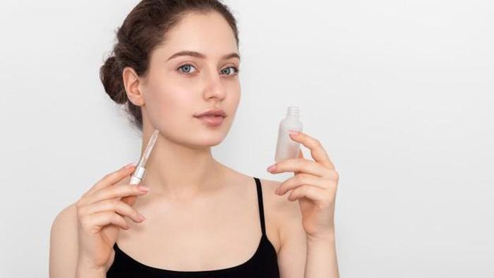 Vitamin C Dicampur Niacinamide, Boleh atau Enggak?