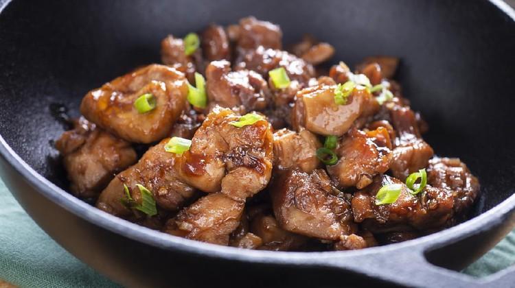 Stir-Fried Bourbon Chicken in a Wok