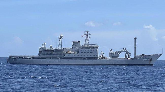 Alutsista yang dikirim China untuk membantu proses evakuasi Nanggala di antara Kapal Tansuo 2, Nantuo 195 dan Yong Xing Dao 863.