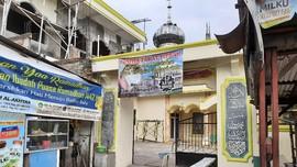 Pengurus Masjid di Bekasi Ungkap Alasan Salat Tanpa Masker