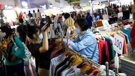 Warga Berdesakan di Thamrin City Buntut Diskon Baju Lebaran