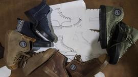 FOTO: Sepatu Lokal Rasa Internasional Buatan Anak Bangsa