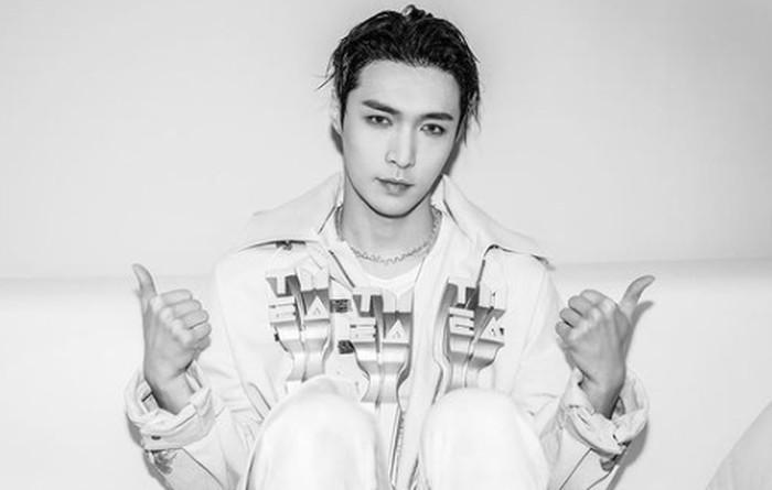 1. Lay - EXO / foto: instagram.com/layzhang
