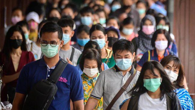 Menteri Kesehatan Budi Gunadi Sadikin menyoroti Sumsel dan Sumut usai temuan kasus mutasi virus SARS-CoV-2 varian B1617 dan B117.