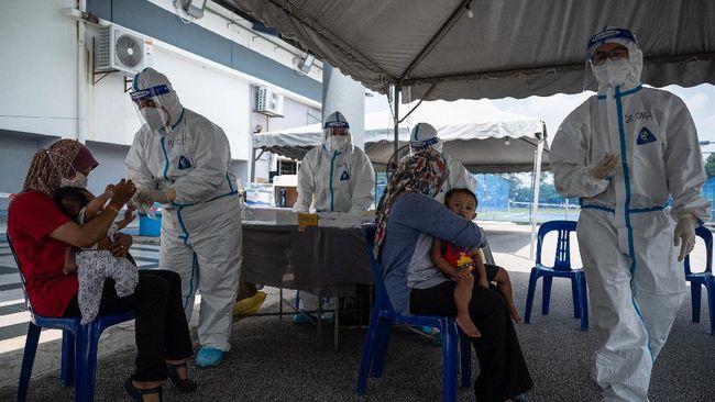 Malaysia dilaporkan tengah menghadapi darurat Covid-19 di mana rumah sakit hampir kehabisan tempat tidur.