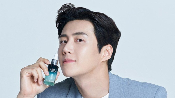Everwhite Gaet Kim Seon Ho Jadi Brand Ambassador dan Skincare Mentor