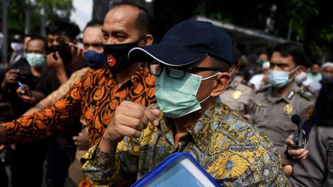 KPK menetapkan pejabat Ditjen Pajak Kemenkeu Angin Prayitno sebagai tersangka kasus dugaan suap pajak pada Selasa (4/5).