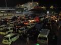 FOTO: Padat Antrean di Pelabuhan Merak H-2 Larangan Mudik