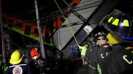 FOTO: Rel Kereta Layang Meksiko Roboh Tewaskan 15 Orang