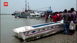 VIDEO: Dua Kapal Tabrakan, 26 Orang Tewas