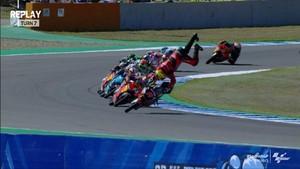 VIDEO: Pembalap Indonesia Gresini Terpental dari Motor