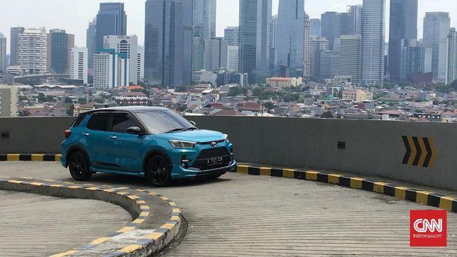Toyota Raize 1.000 cc Turbo yang dijual saat ini tanpa Pajak Penjualan atas Barang Mewah (PPnBM). Mulai Juni dikenakan diskon PPnBM sebesar 50 persen.